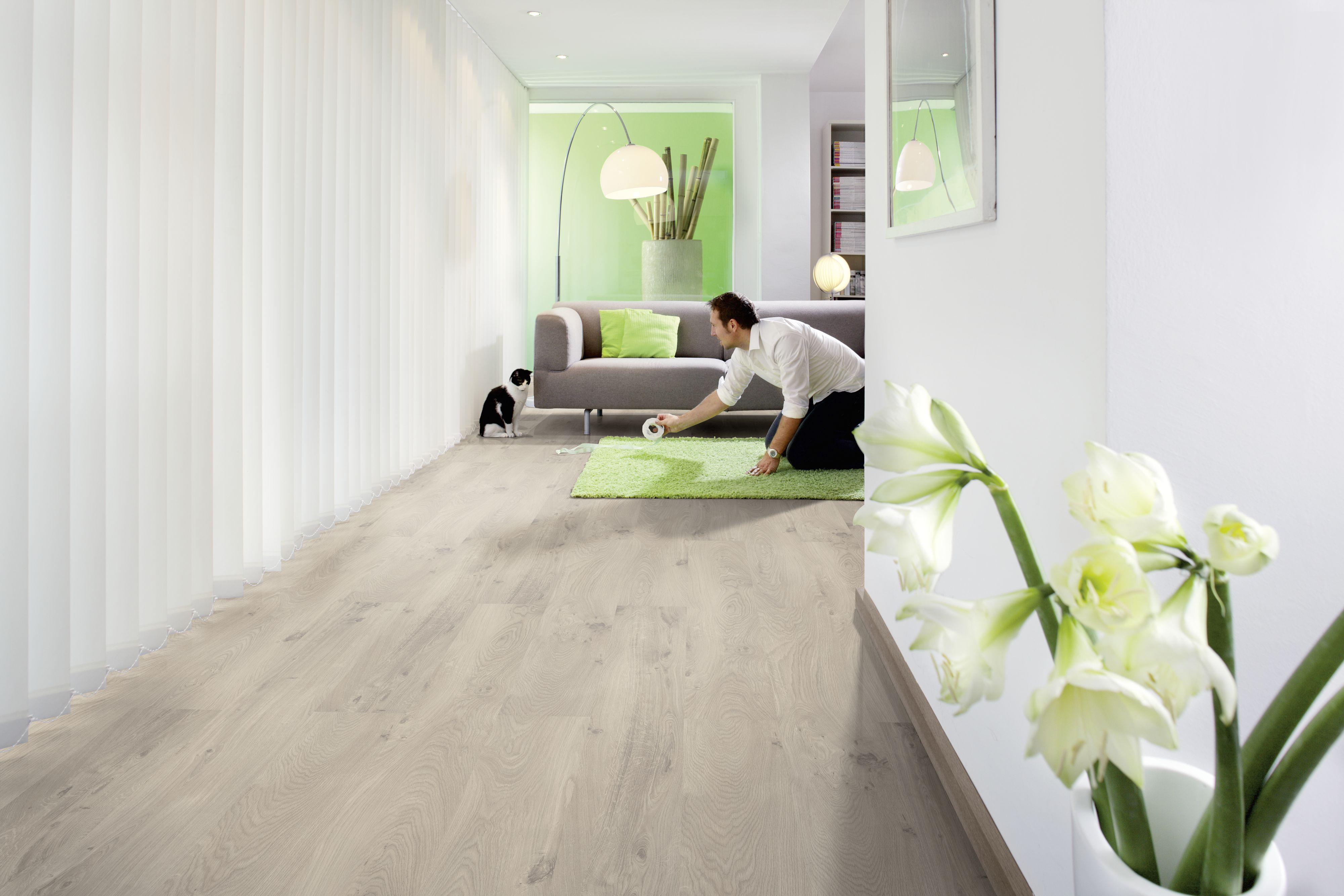 Consumer press) Grey and beige tones as trendsetters Rustic laminate ...